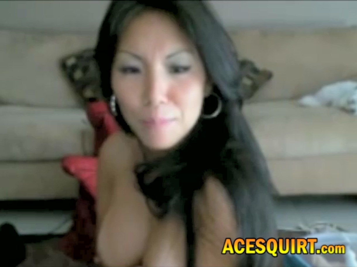 006 Asa Lookalike Likes ACESQUIRT Sex Toy To Be Shaking Really Fast Help Her Out clara_chan Live Porn Cam Sex Video